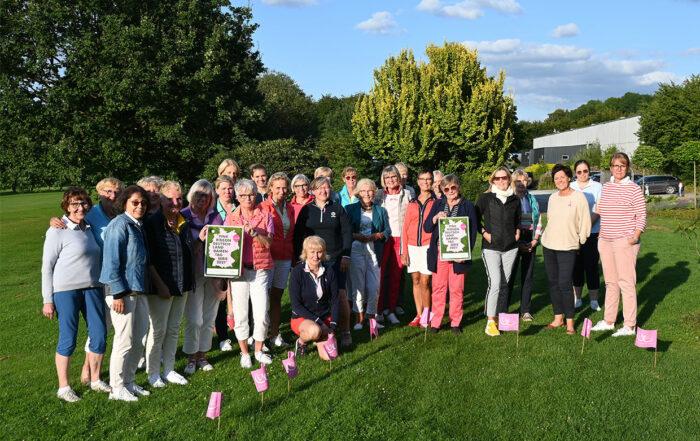 Damentag zu Gunsten der organisation Pink Ribbon beim Golf Club Werl